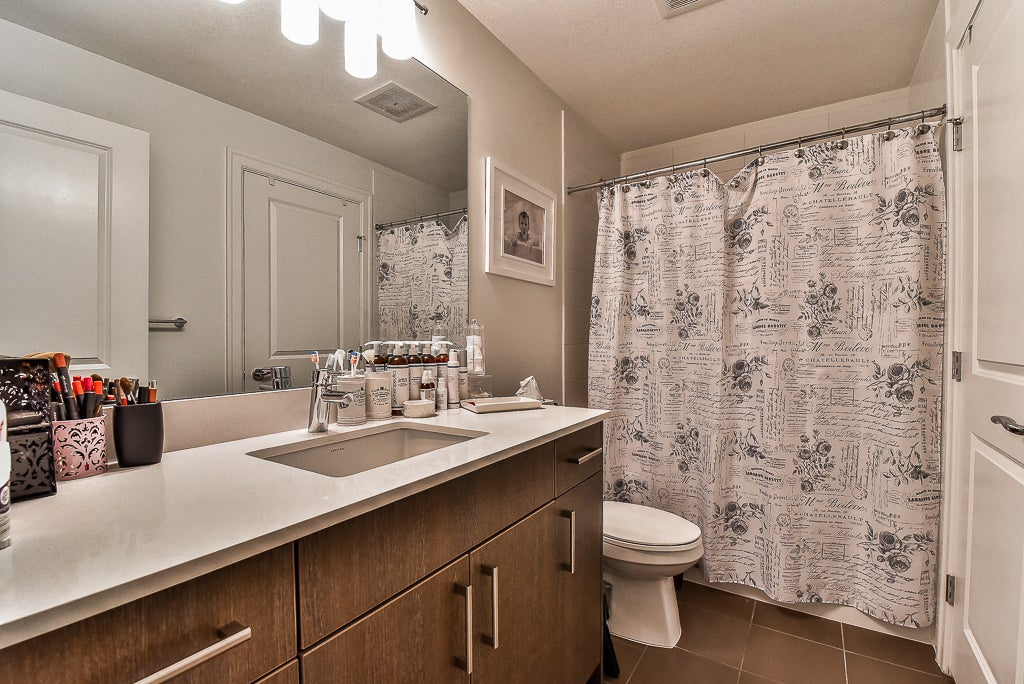 201-6480 195A STREET - Clayton Townhouse for sale, 2 Bedrooms (R2162229) #9